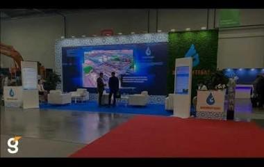Гефест Проекция РТ предоставила в аренду вертикальные киоски на стенд компании Узбекнефтегаз